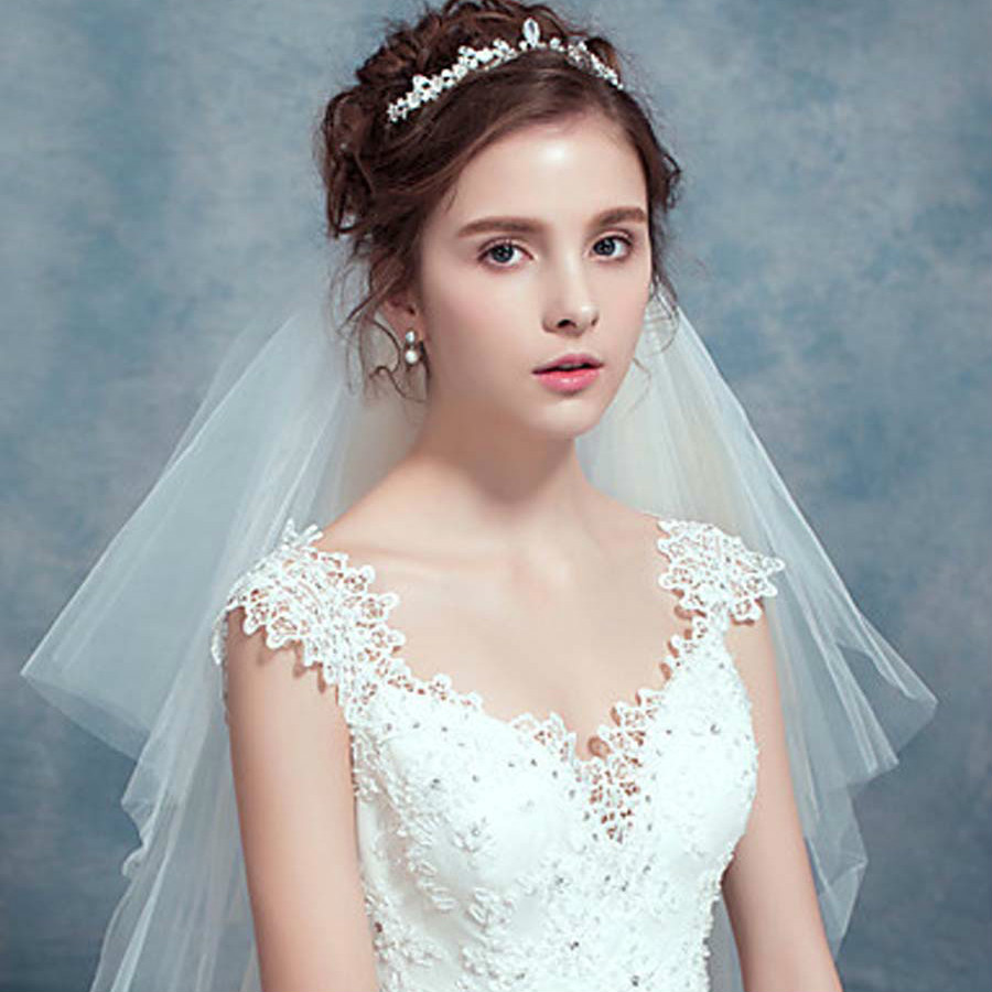Buy The new V collar shoulders tail wedding dress, lace bra size ...
