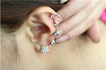 Buy Fashion no ear hole ear clip star cushion earrings