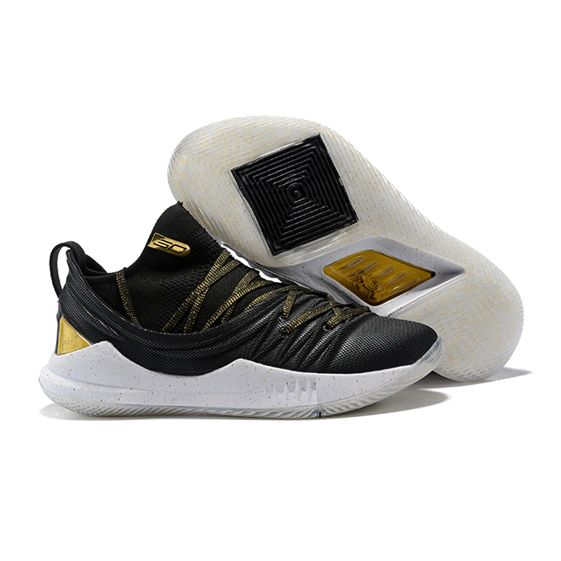 0a5576c655c5 To celebrate basketball superstar Stephen Curry s return to the NBA Finals