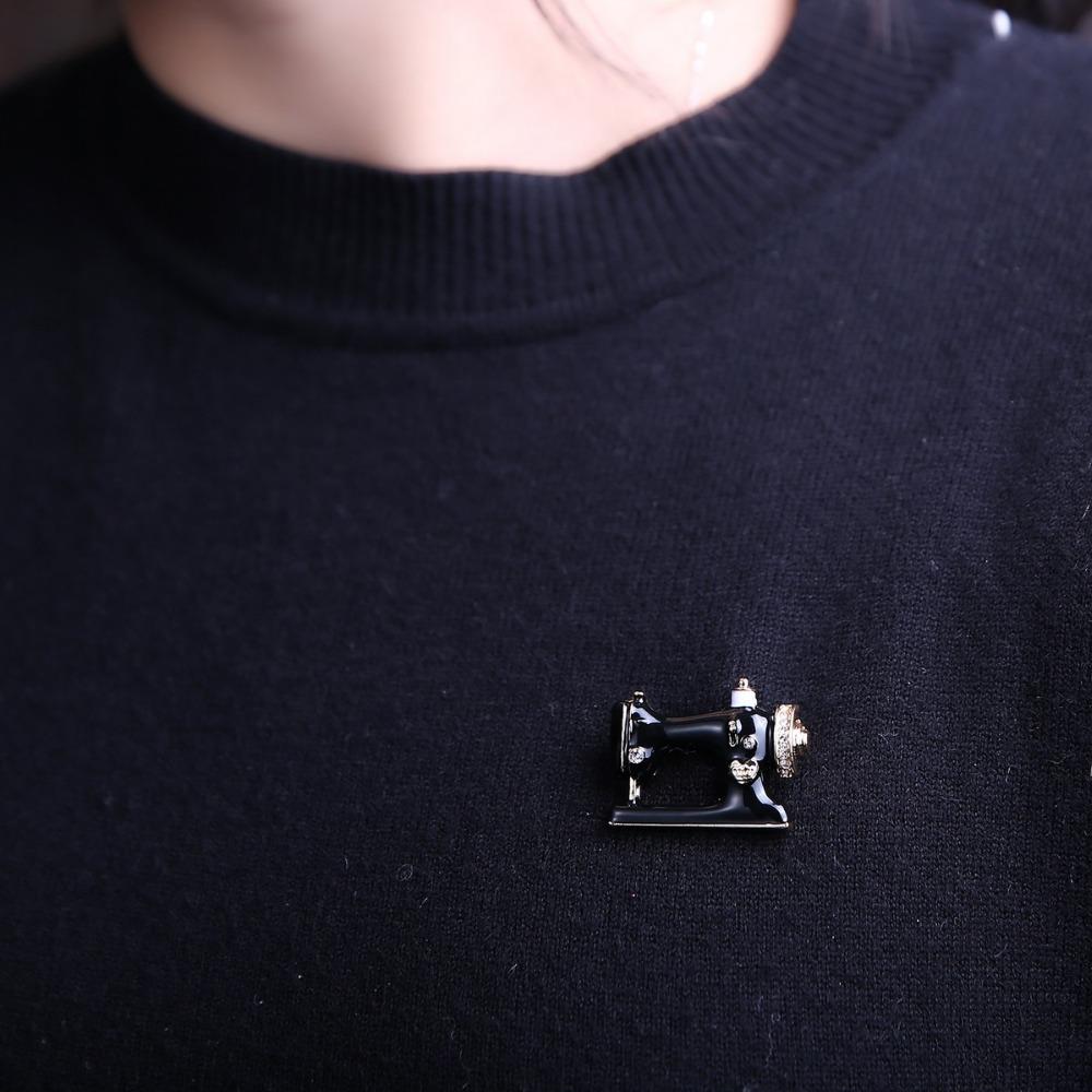 426a62096 Thimble needle thread seamstress black sewing machine brooch pin brooches  Enamel pins Denim Jacket Pin Badge Women Gift Jewelry